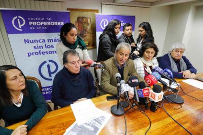 Profesores rechazaron última oferta del Mineduc y paro sigue por quinta semana