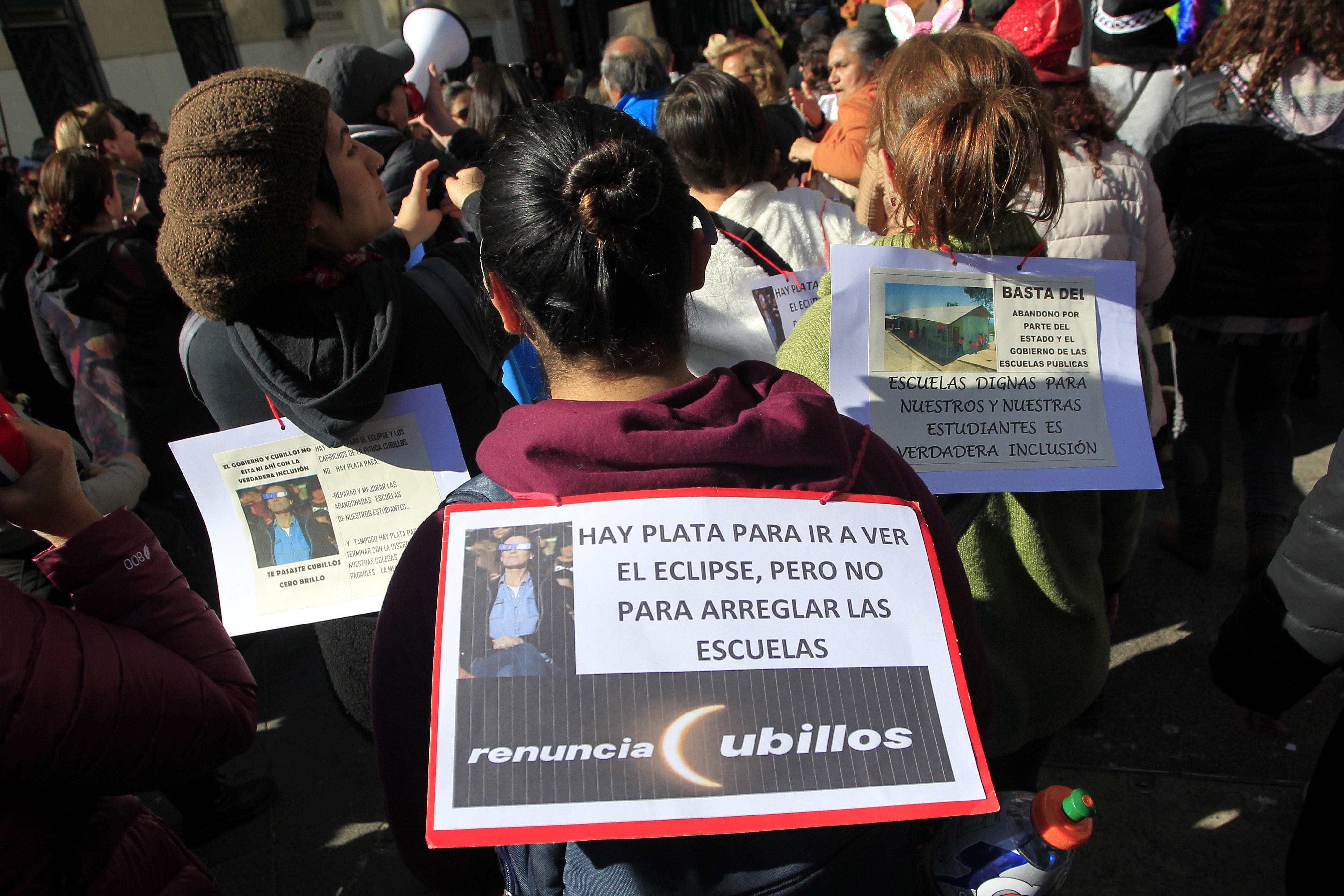 """""""Piñera por paro de profesores:"""