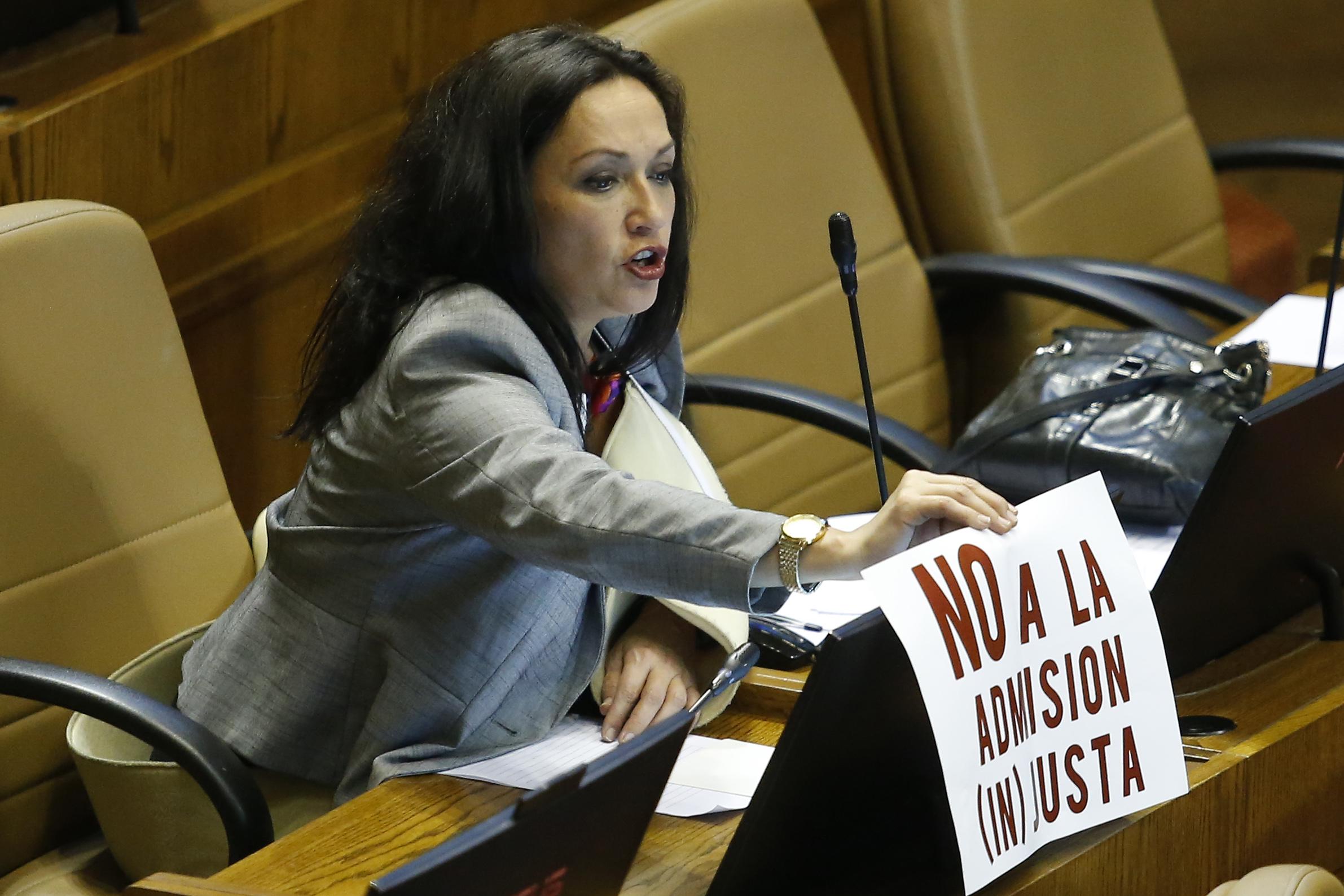 Comisión de Ética multó a Marisela Santibáñez por dichos contra Jaime Guzmán