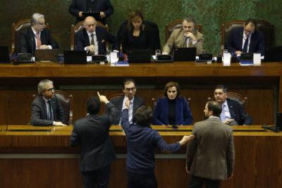 """Chile Vamos estudia """"censurar"""" a mesa de la Cámara de Diputados por rechazo a Admisión Justa"""