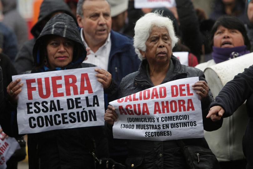 Corte de agua: osorninos protestan y exigen caducar la concesión de Essal
