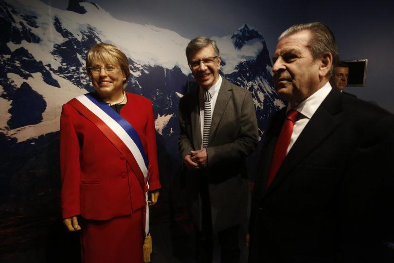 Nada pudo derretir el sueño de Lavín: así fue la inauguración del Museo de Cera de Las Condes