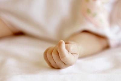 Impacto en Maipú: bebé de un mes y medio fue abandonado en Hospital El Carmen