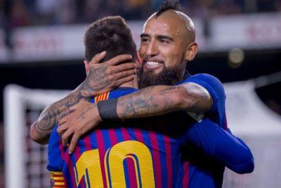 Menos competencia para Vidal: Barcelona pensaría en vender a Rakitic y Coutinho
