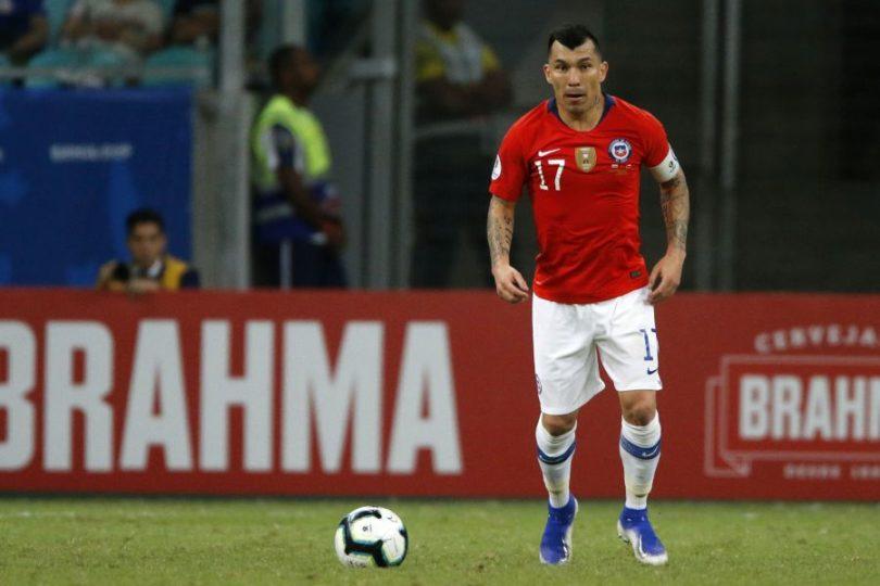 El West Ham realizaría oferta por Medel difícil de rechazar para el Besiktas