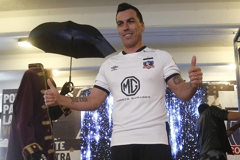 """Esteban Paredes se abre a postergar su retiro: """"Tomé la decisión, pero veremos a fin de año"""""""