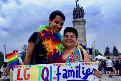 Tribunal de Bulgaria reconoce matrimonio entre una chilena y una francesa