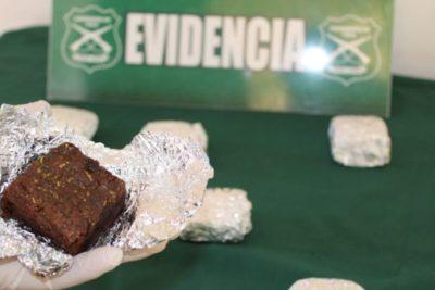 """Con las manos en la masa: detienen a pareja que vendía brownies """"mágicos"""" en Iquique"""