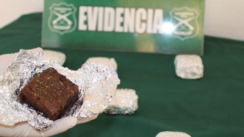 """""""Con las manos en la masa: detienen a pareja que vendía brownies """"mágicos"""" en Iquique"""""""