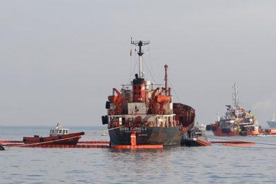 """Superintendente de Medio Ambiente por derrame de petróleo: """"Es muy pronto para hablar de los daños"""""""