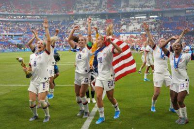 EEUU: piden bloquear fondos para el Mundial de 2026 hasta que equipo femenino logre la igualdad salarial