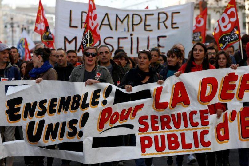 Francia: Profesores están en huelga y no entregaron notas finales