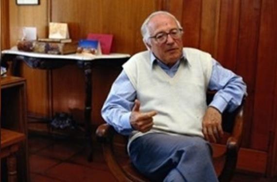 Presentan querella contra Hugo Montes por abuso sexual