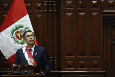 Presidente de Perú propone recortar su mandato y adelantar elecciones