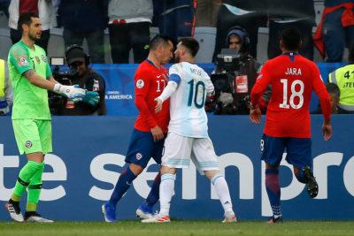 El lapidario informe por la expulsión de Messi y Medel