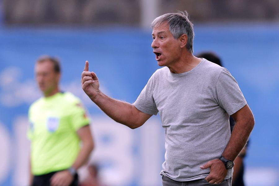 """""""Ariel Holan nuevamente asoma como candidato para llegar a la U"""""""