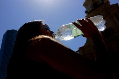 Emiten alerta por altas temperaturas desde Valparaíso hasta el Biobío