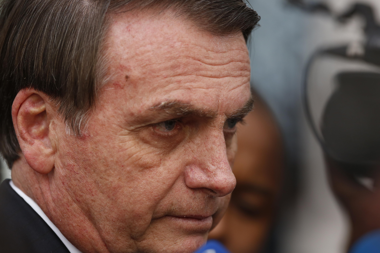 Bolsonaro decretó suspensión de quemas por incendios en la Amazonía