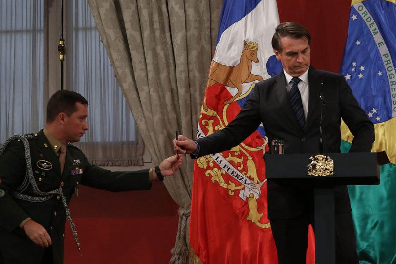Bolsonaro dijo que el triunfo kirchnerista podría generar una crisis migratoria