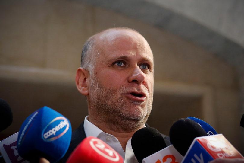 """Senadores PS mantienen críticas: """"A este Gobierno le cuesta reconocer sus errores"""""""