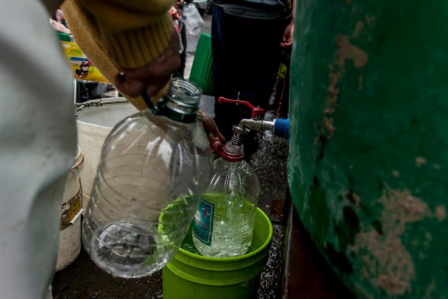"""""""Sernac exige a sanitarias aplicar descuentos automáticos por cortes de agua"""""""