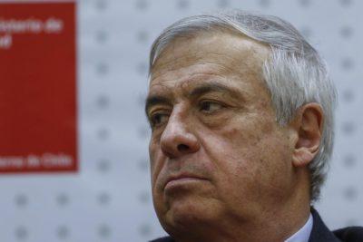 Mañalich recurre a la FNE por eventual colusión de proveedores de insumos médicos