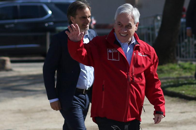 """""""Verdes por fuera y rojos por dentro"""": Piñera culpa al socialismo de depredar el medio ambiente"""