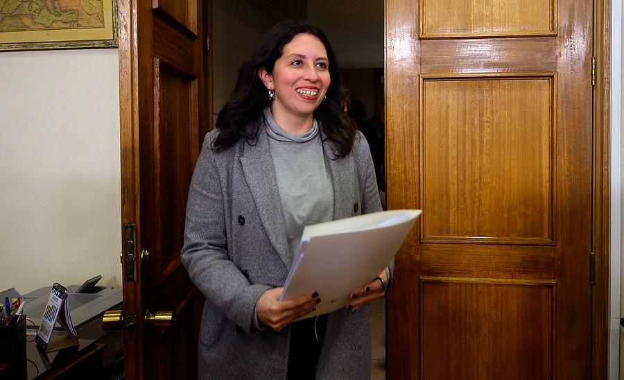 """""""Comisión de Trabajo de la Cámara rechazó censura a Gael Yeomans"""""""