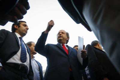 Gobierno y oposición se enfrentan por gradualidad en jornada laboral