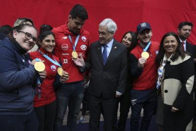 Piñera recibe en La Moneda a deportistas que compitieron en los Panamericanos de Lima