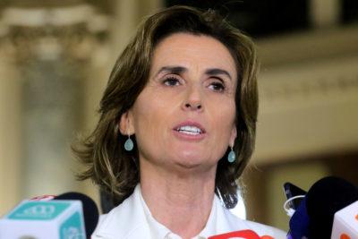 La defensa de la ministra Cubillos ante la inminente acusación constitucional que presentará el PS
