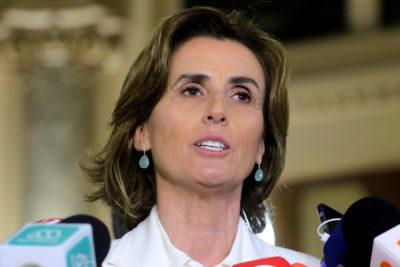 """Frente Amplio por acusación a Cubillos: """"Nadie en la oposición la conoce"""""""