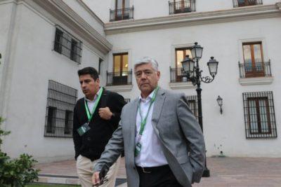 Directivos de Azul Azul se reunieron con Ubilla en La Moneda tras amenazas a gerente general