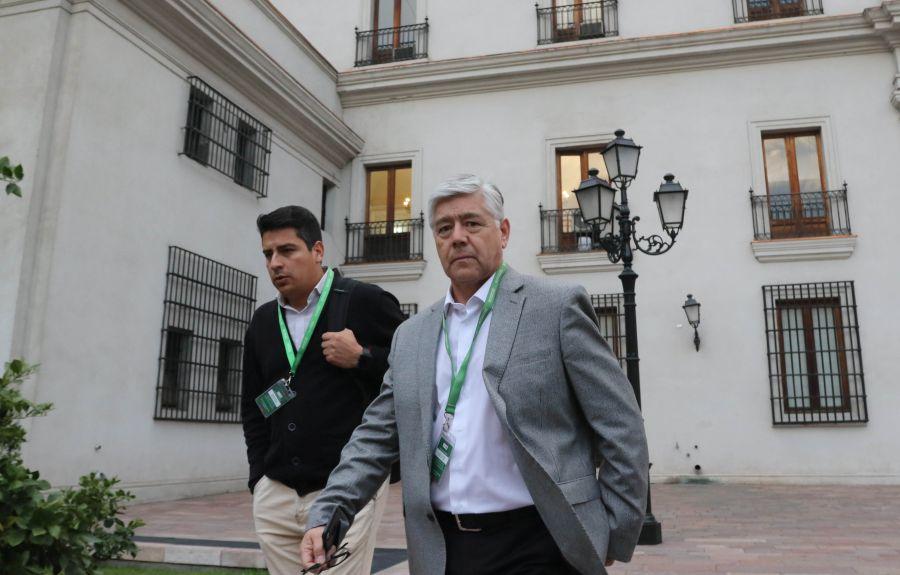 """""""Directivos de Azul Azul se reunieron con Ubilla en La Moneda tras amenazas a gerente general"""""""
