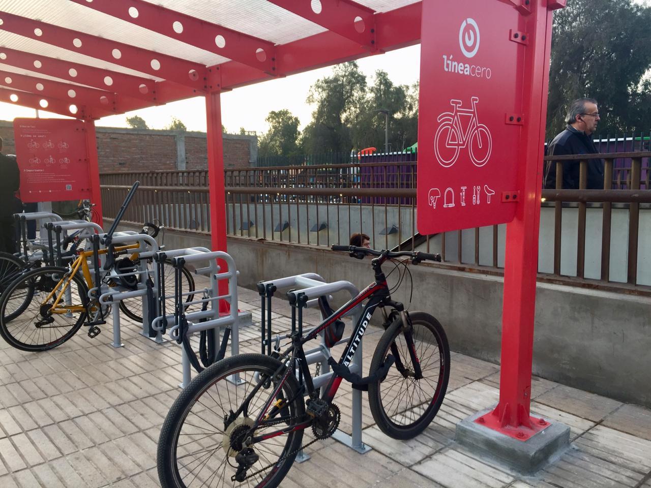 """""""Presentan estacionamientos gratuitos para bicicletas en tres estaciones del Metro"""""""