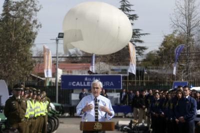 Presidente Piñera presentó globo de televigilancia en el centro de Puente Alto