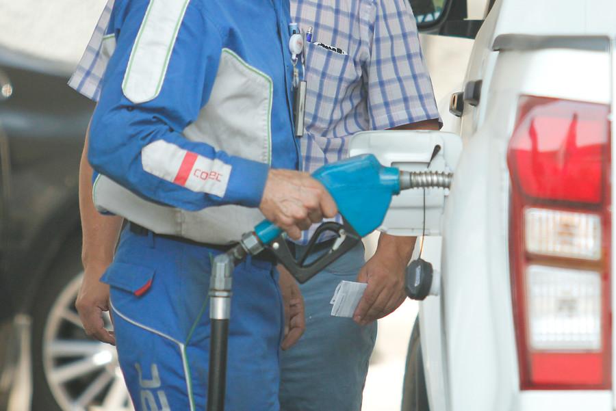 Enap: todas las bencinas y el diésel suben este jueves