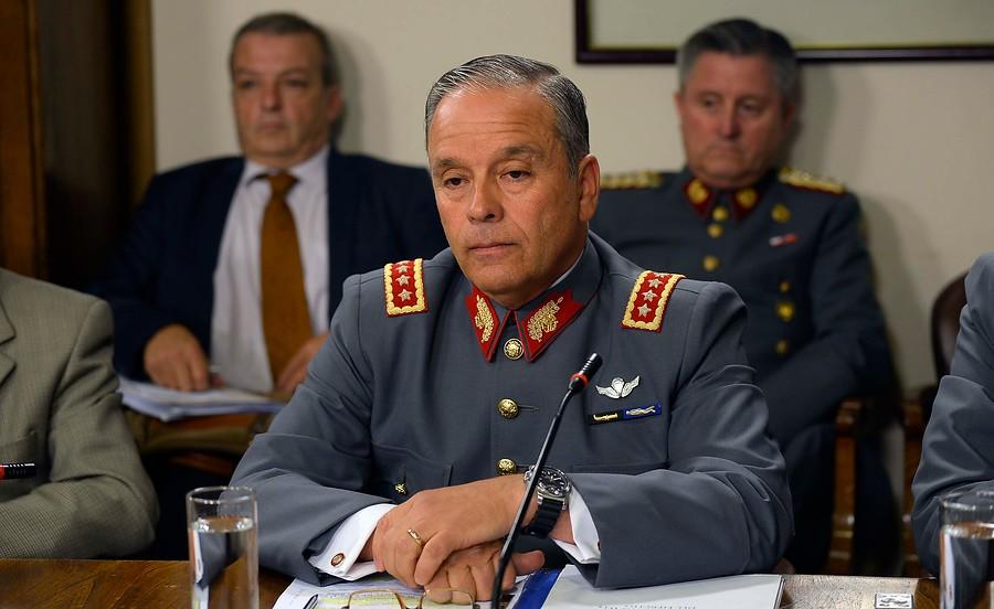 """""""No está acreditado"""": la defensa del ex comandante Humberto Oviedo ante acusaciones"""