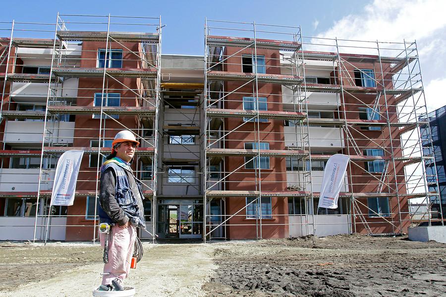 """Estudio revela que adquirir una vivienda en Chile es """"severamente no alcanzable"""""""