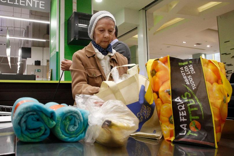 Medio Ambiente: en un año se dejaron de entregar 2.200 millones de bolsas