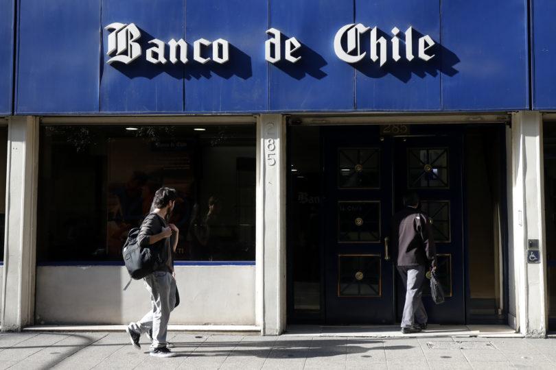 Banco de Chile cerrará más de 30 sucursales y apostará por máquinas de autoatención