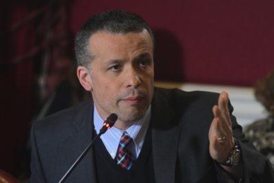"""Óscar Landerretche le responde a Gabriel Boric y asegura que no es parte de """"la élite política"""""""