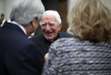 Piñerismo ningunea denuncia por abuso sexual contra Bernardino Piñera