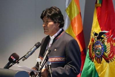 """Evo Morales a activistas: """"Piden proteger el medio ambiente, pero consumen productos contaminantes"""""""