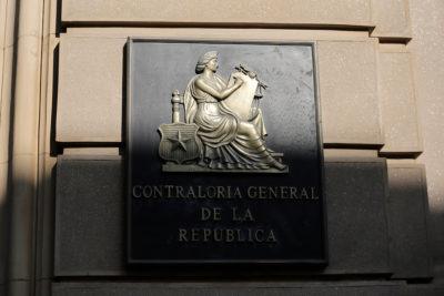 Contraloría objeta a municipio de Quilicura viaje a Cuba y 250 celulares