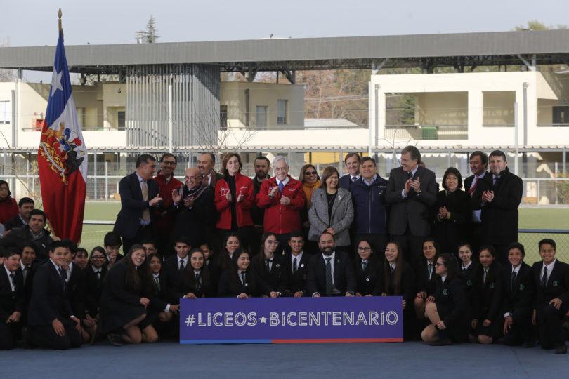 Piñera anuncia 100 cupos para Liceos Bicentenario de excelencia