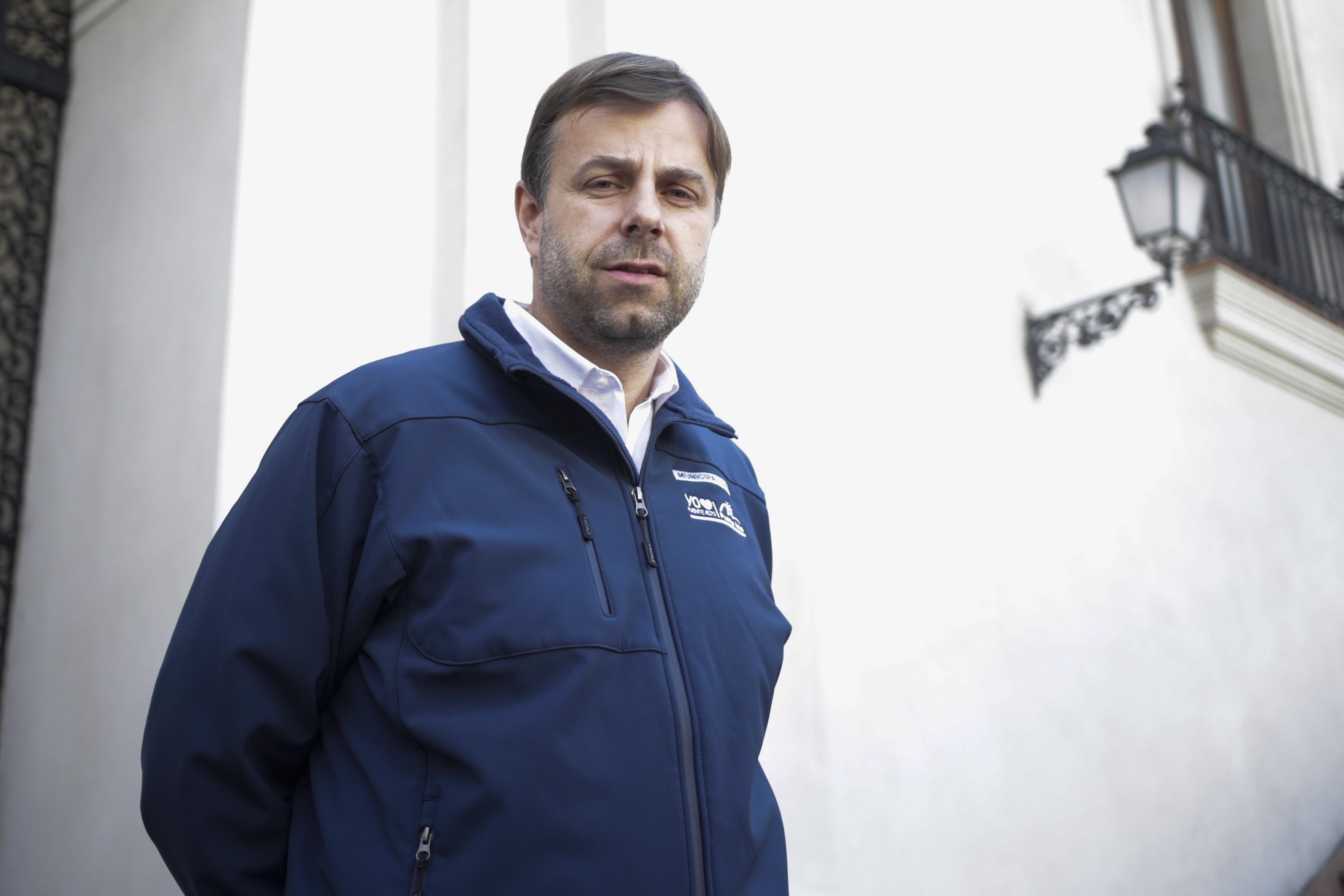 Alcalde de Puente Alto responde a autocrítica del Gobierno