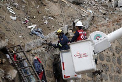 Derrumbe en Valparaíso: Sernageomin detectó saturación de agua en material de relleno