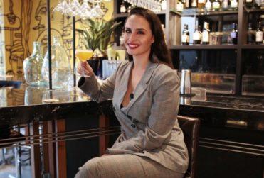 En la barra con Fernanda Urrejola