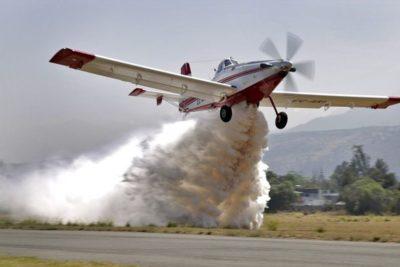 El pequeño avión enviado por Chile para combatir el incendio en la Amazonía